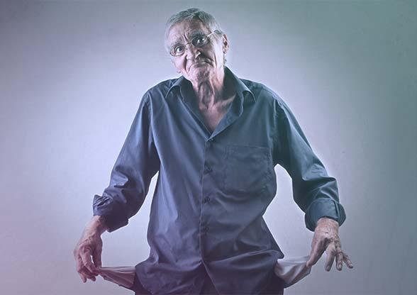 Pénz nélküli nyugdíjas, akinek nincs nyugdíjbiztosítása